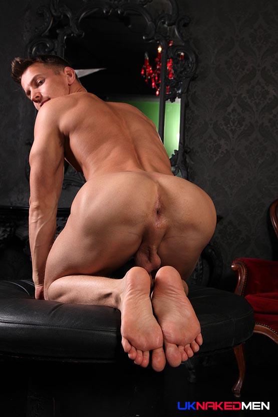 naked brtish men